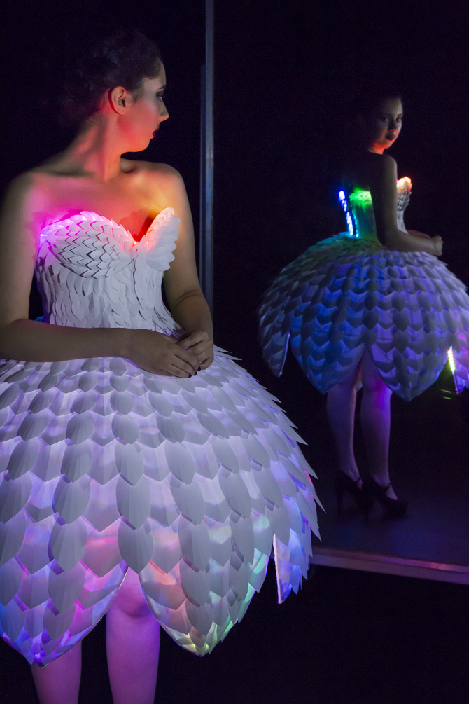 EsterRainbow This Tech Dress Will Make You a Paper Doll #WearableWednesday #Wearabletech #Arduino « Adafruit Industries – Makers, hackers, artists, designers and engineers!